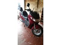 Suzuki Burgman Scooter, good condition and good runner, only 19000 miles.