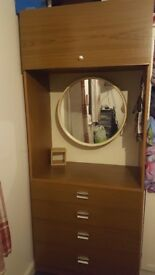 Wardrobe and dresser unit £20 for both!!