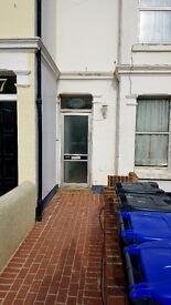 Room to Rent £420pcm INC BILLS TV WIFI