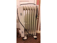 Crown Oil Filled Heater/Radiator in very good working condition