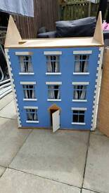 Wooden doll house with accessories large (needs work. Great project)