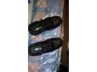 URGENT!!! SAFETY FOOTWEAR SIZE9 (43 EU)BLACK. City centre