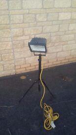 110 volt site light halogen work light