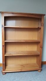 Newly reduced price - beautiful and strong pine bookcase