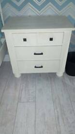 Bedside chest of drawers up cycled