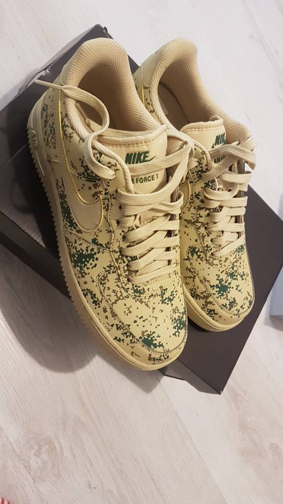 Nike Air force 1s Camo pixel Size 7