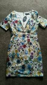 Ad lid London - Flowerly fitted dress