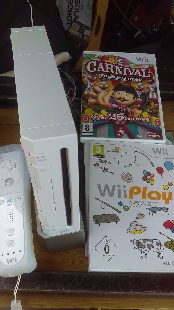 Nintendo wii with 30 games on two discs