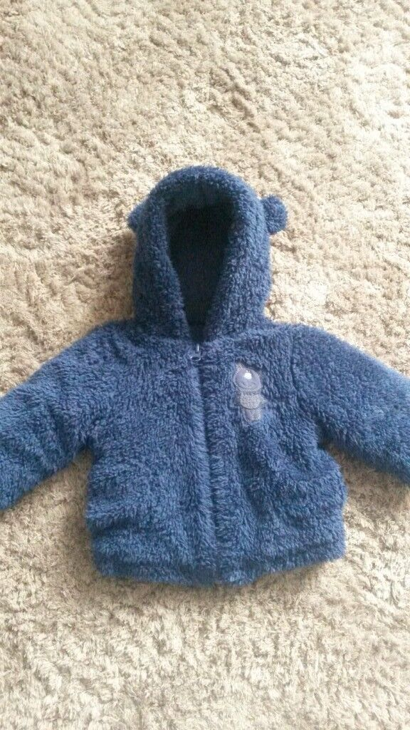 baby boys navy fluffy coat age 3-6 months
