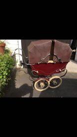 Victorian royale pram