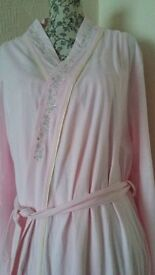 Brand new ladies nightdress and dressing gown set