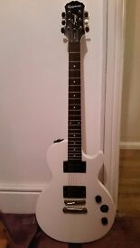 Epiphone les paul special II (white) electric guitar. Great example of this model.