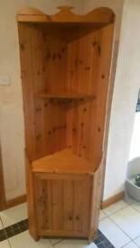 Pine Corner dresser