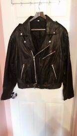 Biker jacket in soft and best leather as new only 60£ italian craft paid 400 euro size XL-XXL
