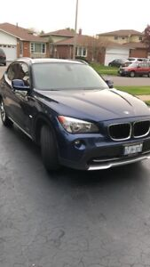 2012 BMW X1 - FULLY LOADED(Navi, Sports package)