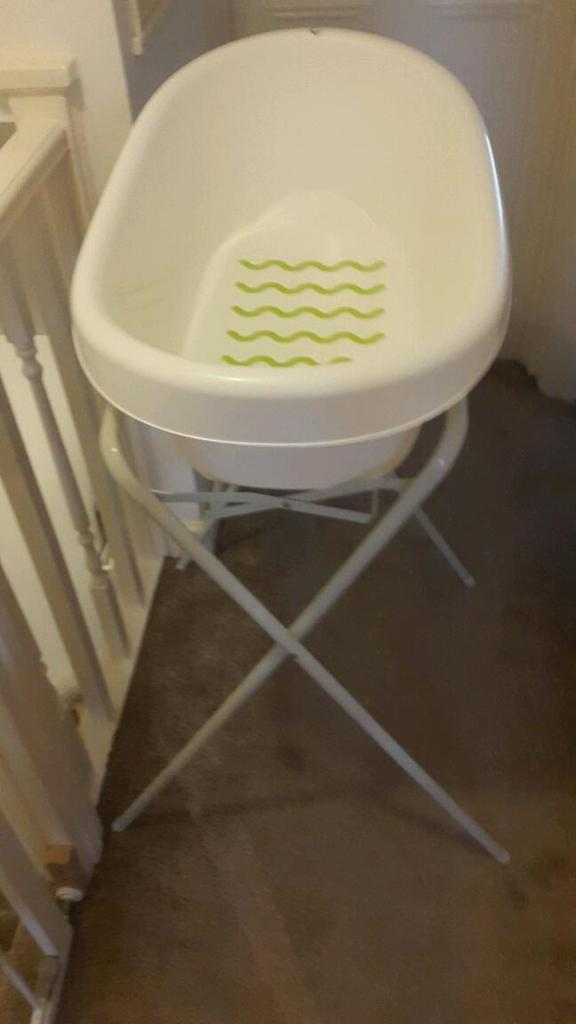Baby bath stand | in Newham, London | Gumtree