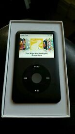 iPod classic 120GB Black - 7th generation with box, USB cable and headphones
