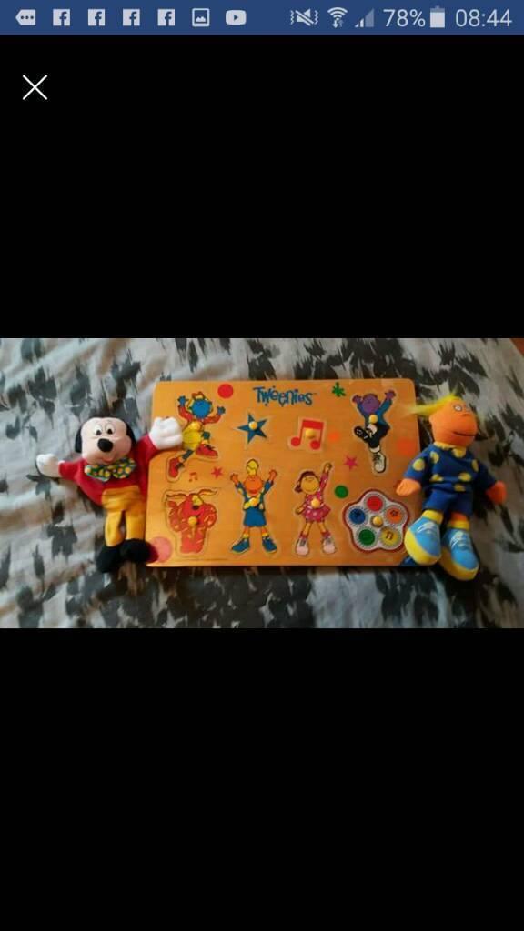 Tweenies wooden puzzle & jake figure + Mickey house puppet