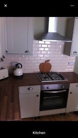 Room available NOW in lovely 2 bed Heaton flat