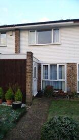2 Bedroom house to rent, Woking Surrey.