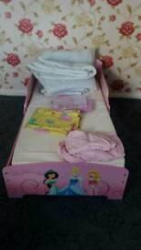 Princess Toddler bed & 2 bedding sets and & duvets