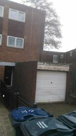 3 bed room house semi bcc to 3 bcc house birmingham or london