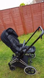Cybex Priam with 2in1 Lux Seat in really good condition for sale with accessories