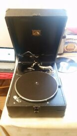 Black HMV 102 record player in good condition