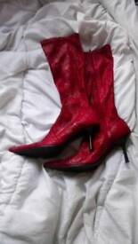 STRETCHY RED SHAKESKIN BOOTS