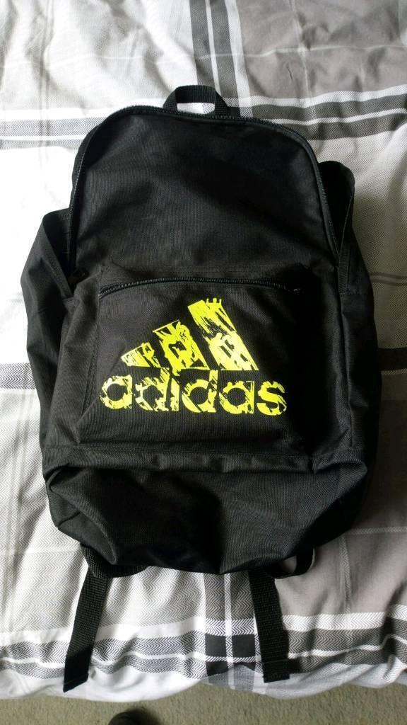 e6e589304c Adidas backpack