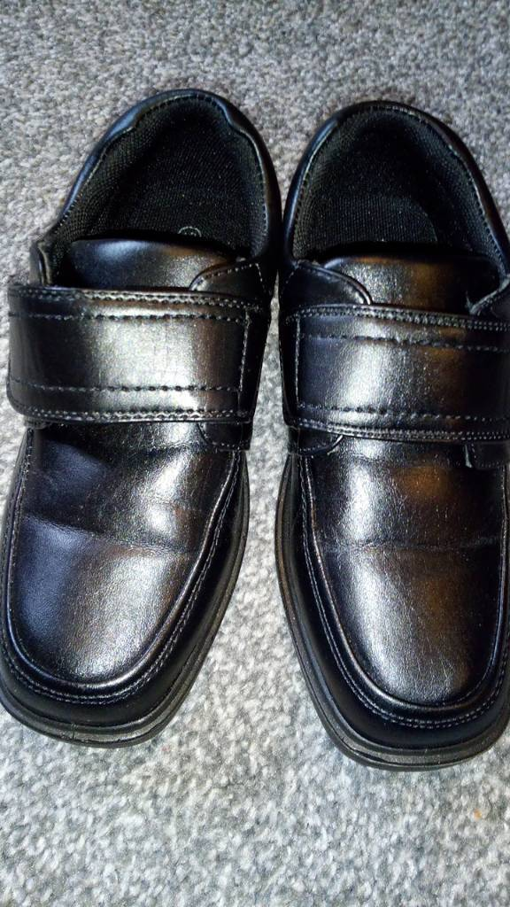 Boys black shoes size 12 like new  689a158d465c