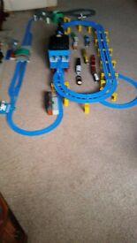 Thomas the Tank Engine Giant Rail Set and Road Set