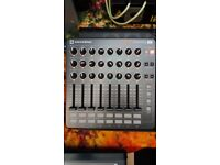 NOVATION LAUNCH CONTROL XL MINT CONDITION AND WORKING ORDER