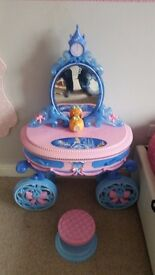 Cinderella dressing table