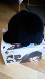 horse riding hat New, 57cm size 7