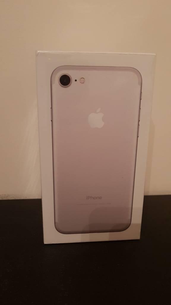 iPhone 7 32 gb Brand new