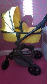 Dimples daisy 2 in 1 stroller and carry cot