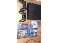 PS4 + 2 controllers