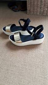 Top shop sandal cream wedge hardly worn size 5/38 black strap gold