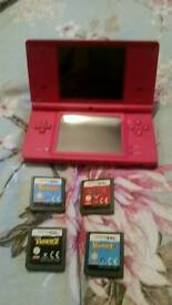 DSI...Pink in excellent condition + 4 games