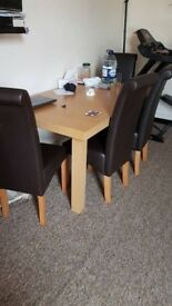 Collection Wickham Extendable Table & 4 Chairs - Black