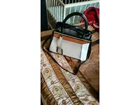 Ladies hand bag excellent condition