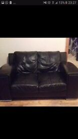 2 sester Italian leather sofa