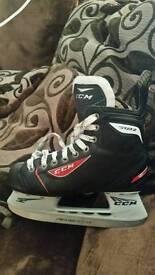 Boys ice skates size 4