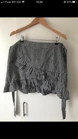 Women's size 14 frilled skirt