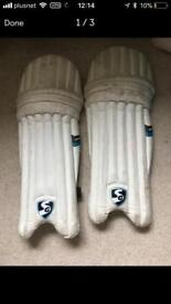 Youths cricket pads