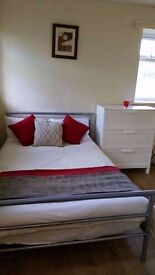 Amazing room to rent in perfect location|BANK, Old Street, Angel, Barbican, Essex Road, buses