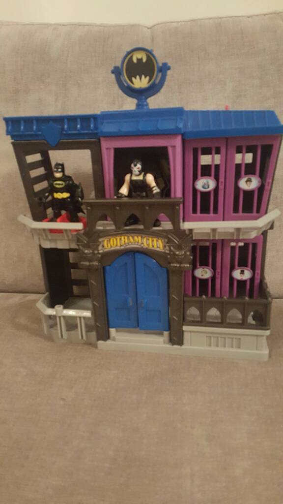Fisher Price Imaginext DC Super Friends Gotham City Jail