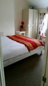 Room in e17