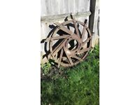 Vintage Iron Wheel, That would make a fabulous Garden Feature